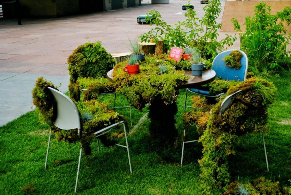 Гамаки в саду фото